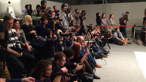 Журналисты и блогеры на Белорусской неделе моды - Sputnik Беларусь