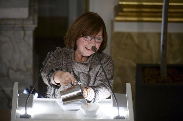Белорусская писательница выступает с нобелевской лекцией в Стокгольме - Sputnik Беларусь