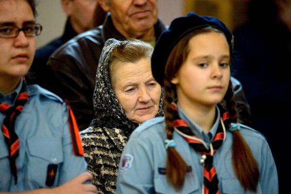Юныя вернікі касцёла - Sputnik Беларусь