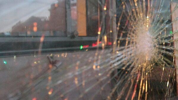 Разбитое стекло. Архивное фото - Sputnik Беларусь