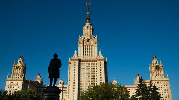 Галоўнае будынак Маскоўскага дзяржаўнага ўніверсітэта - Sputnik Беларусь
