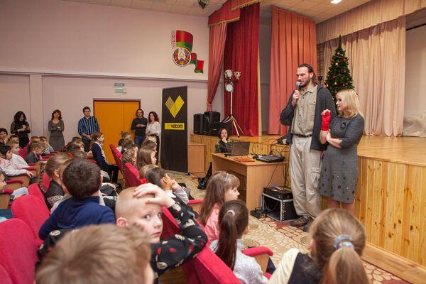 Аляксандр Куль і Алена Масла на адкрытым уроку - Sputnik Беларусь