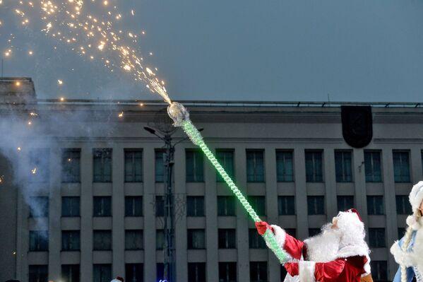 Шествие Дедов Морозов в Минске - Sputnik Беларусь
