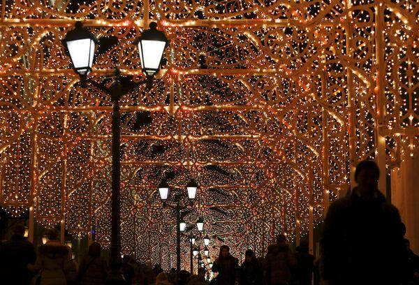 Праздничная подсветка в центре Москвы - Sputnik Беларусь