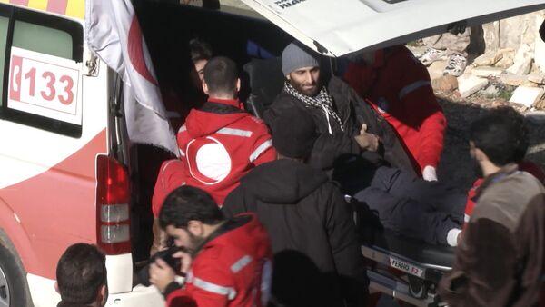 Спутник_Раненых боевиков вывезли из Сирии в обмен на эвакуацию сотен мирных граждан - Sputnik Беларусь