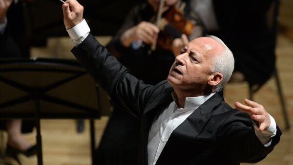 Дирижер Национального филармонического оркестра России, президент Московского международного Дома музыки Владимир Спиваков - Sputnik Беларусь