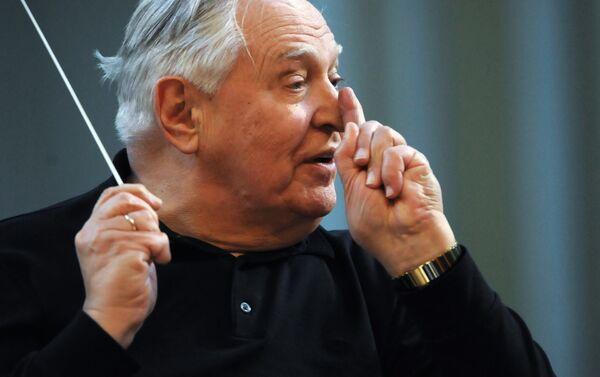 Репетиция оркестра Виртуозы Москвы и дирижера Саулюса Сондецкиса - Sputnik Беларусь
