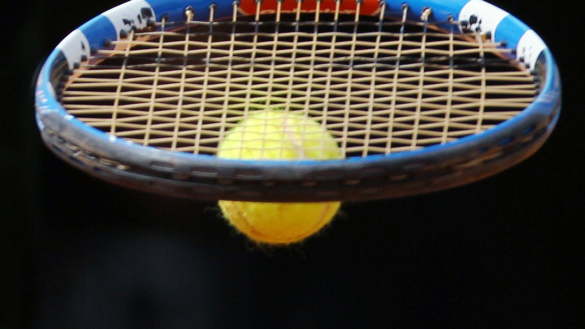 Теннисная ракетка, архивное фото - Sputnik Беларусь, 1920, 04.10.2021