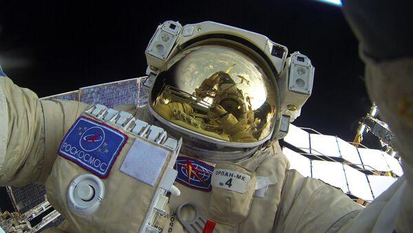 Выход в открытый космос российских космонавтов - Sputnik Беларусь