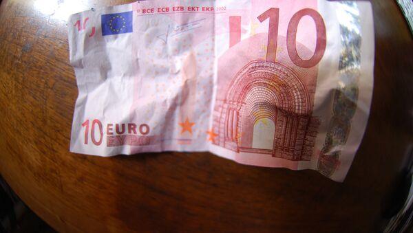 Купюра достоинством 10 евро - Sputnik Беларусь
