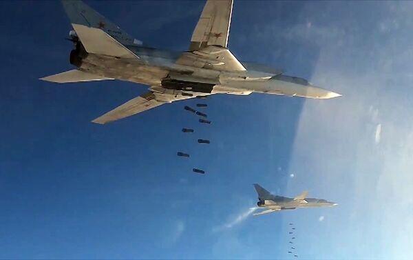 Боевые вылеты Дальней авиации ВВС РФ по объектам террористов в Сирии - Sputnik Беларусь