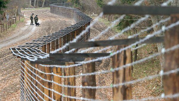 На границе Латвии и России - Sputnik Беларусь