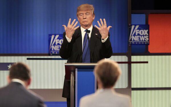 Дональд Трамп падчас тэледэбатаў - Sputnik Беларусь