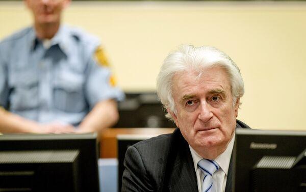Экс-лидер боснийских сербов Радован Караджич в суде Международного уголовного трибунала по бывшей Югославии (МТБЮ) в Гааге, Нидерланды 24 марта - Sputnik Беларусь