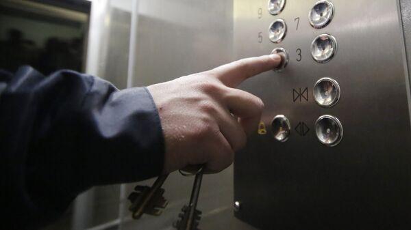 Кнопки в лифте, архивное фото - Sputnik Беларусь