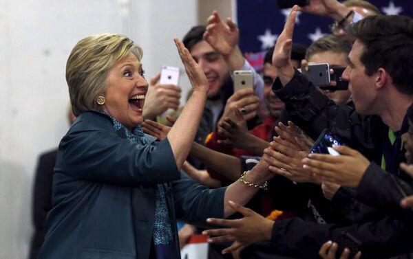 Хилари Клинтон на встрече со студентами в Сиэтле - Sputnik Беларусь