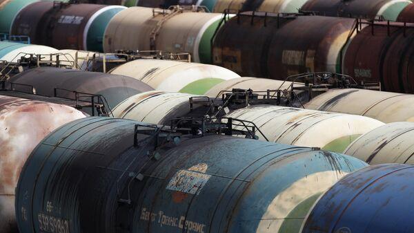 Распределительно-перевалочный комплекс нефтепродуктов - Sputnik Беларусь