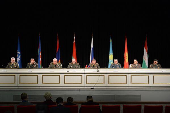 Брифинг участников Комитета начальников штабов ВС СНГ - Sputnik Беларусь