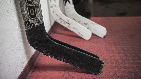 Хоккейные клюшки. Архивное фото - Sputnik Беларусь