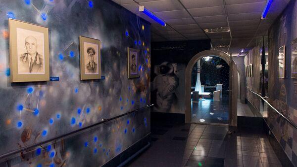 Музей касманаўтыкі ў Тамашоўскай сярэдняй школе - Sputnik Беларусь