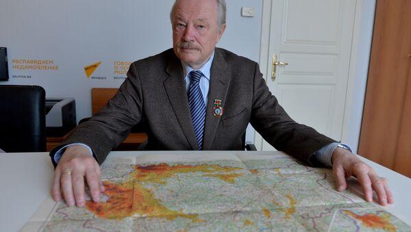Михаил Образов везет в Рим старую карту радиационного загрязнения Беларуси - Sputnik Беларусь