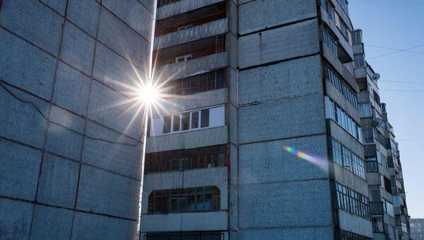 Многоэтажные жилые дома, архивное фото - Sputnik Беларусь