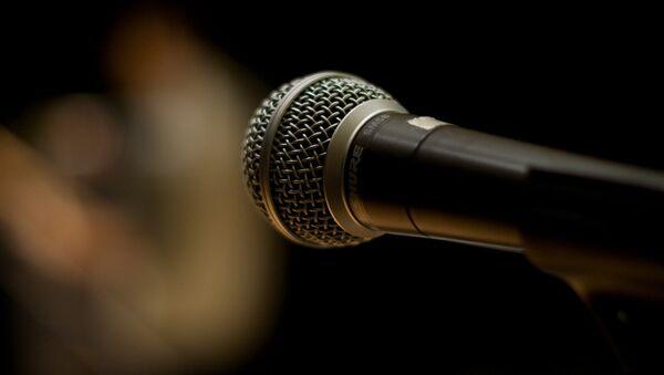 Микрофон. Архивное фото - Sputnik Беларусь