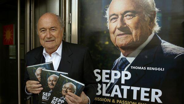 Экс-президент ФИФА Йозеф Блаттер презентует свою книгу Йозеф Блаттер: Миссия футбол - Sputnik Беларусь