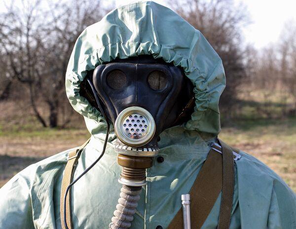 ОЗК (общевойсковой защитный комплект), который применялся для защиты личного состава в те годы. - Sputnik Беларусь