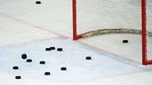Хоккейные шайбы. Архивное фото - Sputnik Беларусь