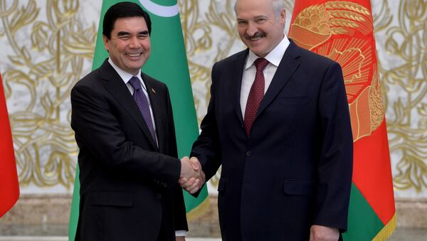 Президент Туркменистана Гурбангулы Бердымухамедов и президент Беларуси Александр Лукашенко - Sputnik Беларусь