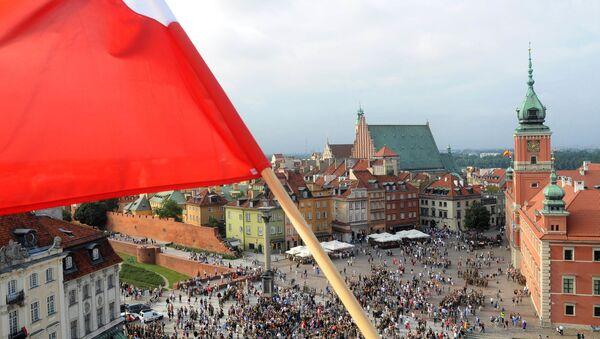 Польский флаг над Варшавой - Sputnik Беларусь