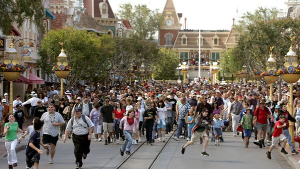 Парк развлечений Disneyland. Архивное фото - Sputnik Беларусь