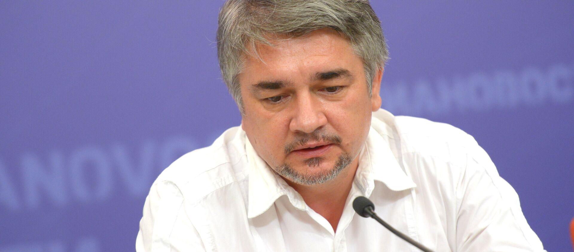 Политолог Ростислав Ищенко  - Sputnik Беларусь, 1920, 05.02.2021