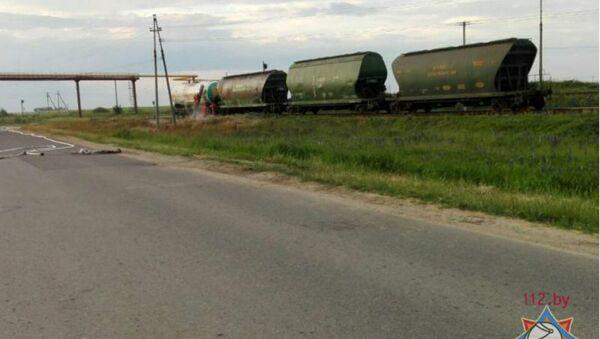Цистерна с кислотой в Солигорском районе - Sputnik Беларусь
