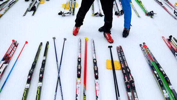 Лыжы, архіўнае фота - Sputnik Беларусь