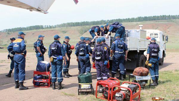 Поиск пропавшего в Иркутской области самолета Ил-76 МЧС России - Sputnik Беларусь