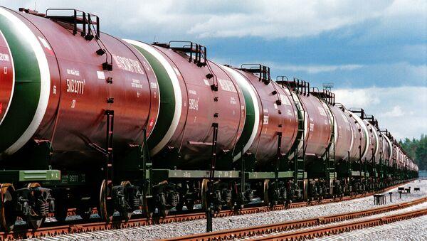 Цистерны с нефтью - Sputnik Беларусь