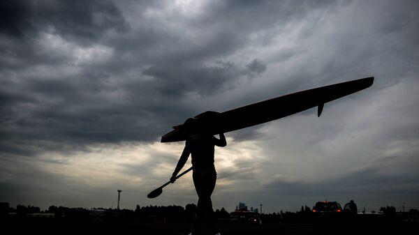 Спортсмен-каноист. Архивное фото - Sputnik Беларусь