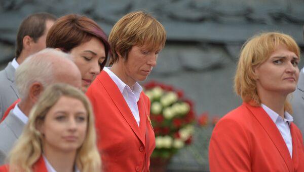 Белорусская гребчиха Екатерина Карстен (в центре) - Sputnik Беларусь