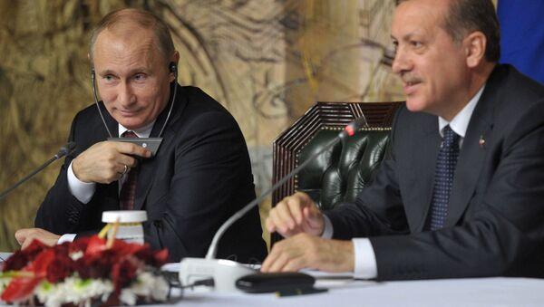 Президент России Владимир Путин (слева) и президент Турецкой республики Реджеп Тайип Эрдоган - Sputnik Беларусь