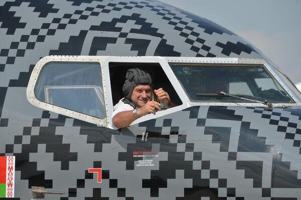 Пілот самалёта WoT-Belavia - Sputnik Беларусь