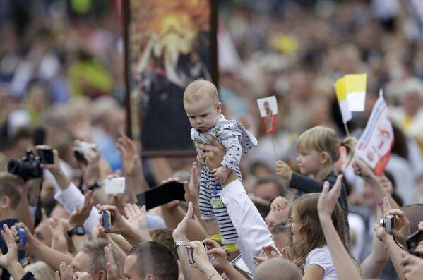 Папа прыбыў у святыню Ясна Гура ў Чэнстахове - Sputnik Беларусь