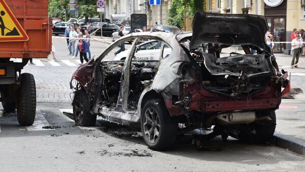 Взорванный автомобиль, в котором погиб журналист Павел Шеремет - Sputnik Беларусь