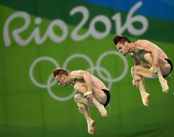 Олимпиада 2016. Синхронные прыжки в воду. Мужчины. Вышка 10 м - Sputnik Беларусь