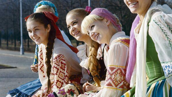 Салісты Дзяржаўнага ансамбля танца Беларускай ССР - Sputnik Беларусь