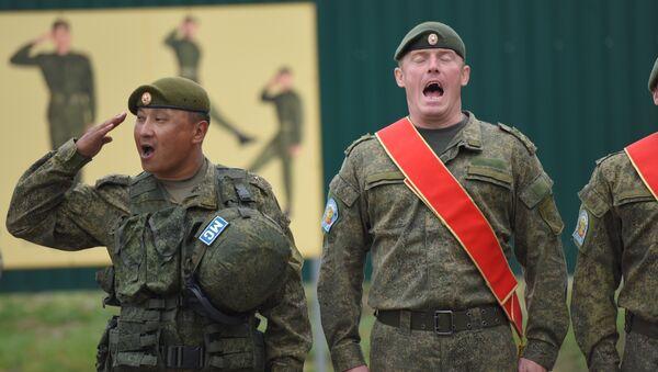 Миротворцы исполняют гимн на совместных учениях ОДКБ Нерушимое братство-2016 - Sputnik Беларусь
