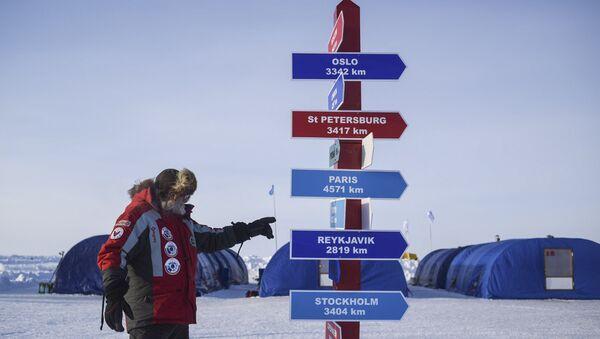 Дрейфующий ледовый лагерь Барнео в Арктике - Sputnik Беларусь