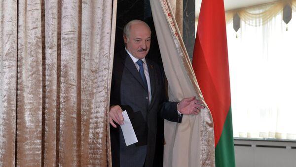 Александр Лукашенка робіць свой выбар - Sputnik Беларусь