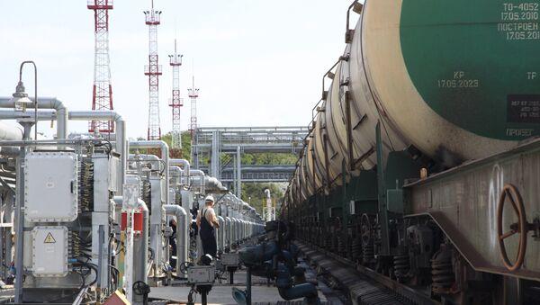 Нафтаналіўны порт - Sputnik Беларусь